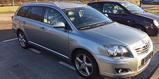 Toyota Avensis Combi 2.2D